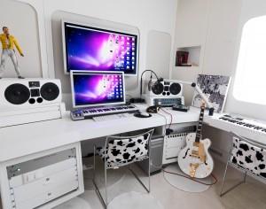 Cesare Cremonini's Home Studio